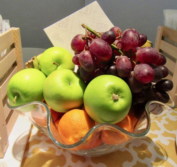 Fresh Paper In Fruit Bowl