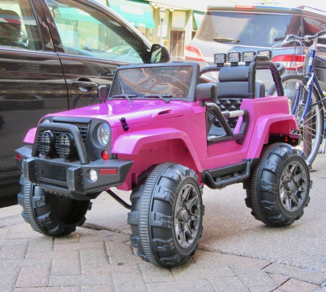 Miniature Pink Jeep