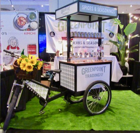 Greenpoint Trading Cart