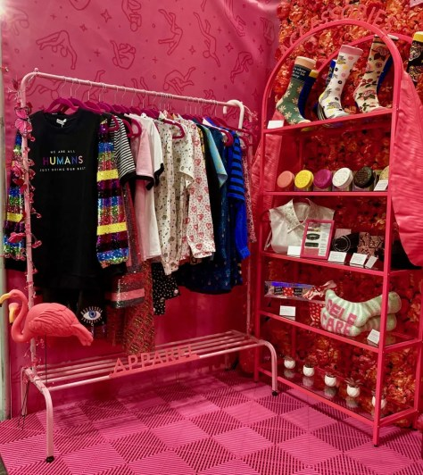 dash of pep pink booth display photo by gail worley