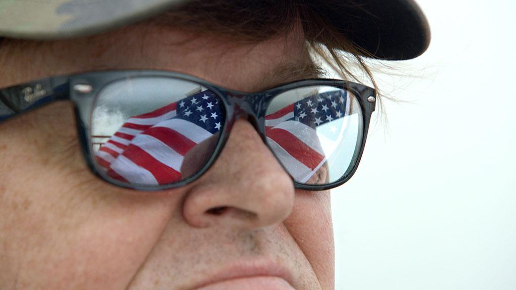 Michael Moore en conquérant du monde