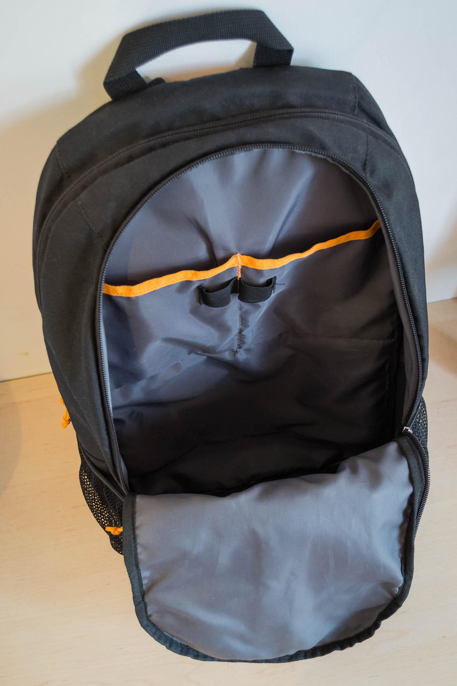1er compartiment du sac assez volumineux