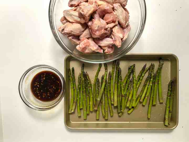 ingredients for sticky sesame wings