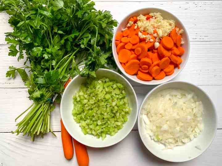 ingredients for chicken tortellini soup