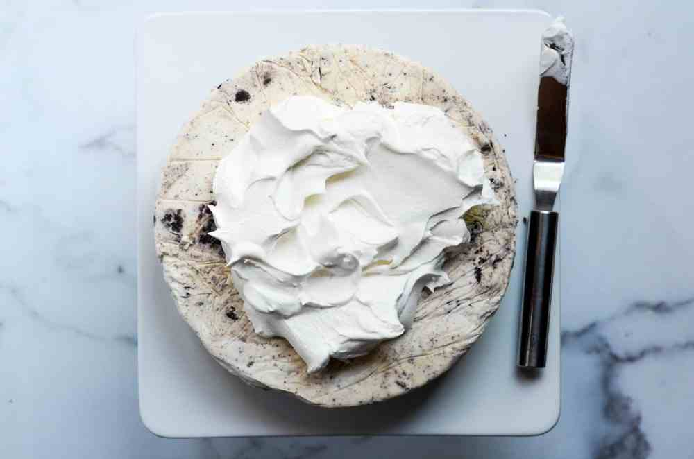 whipped topping on top of ice cream cake