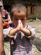 praying-child-nepal-thandiwe