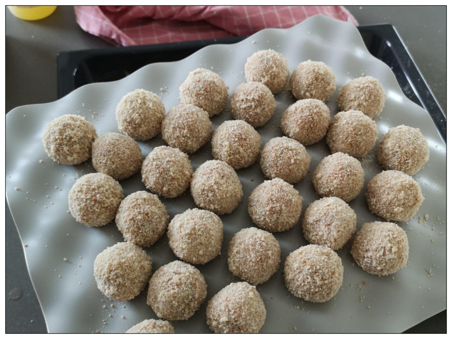 Zelfgemaakte bitterballen