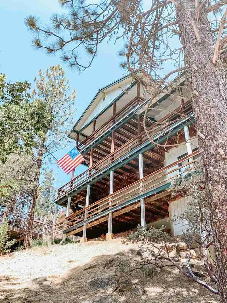 VRBO Lakeview House in Bass Lake California