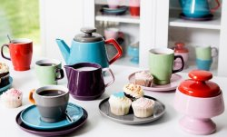 Pop Cup with Saucer