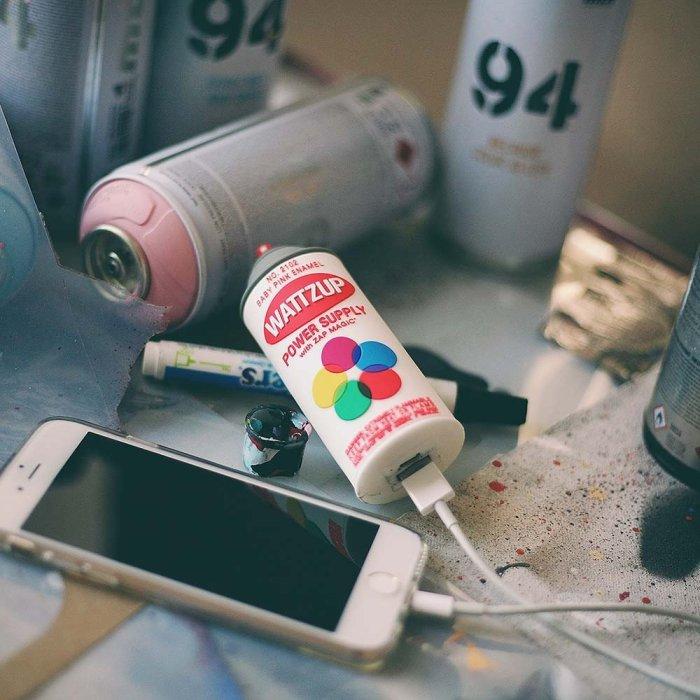 WATTZUP – Spray Can Portable Charger