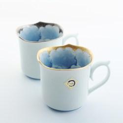 日本进口文山窑釉下彩牡丹马克杯
