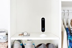 Echo Look Hands-Free Camera and Style Assistant