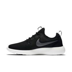 Nike/耐克 NIKE ROSHE TWO 男子运动休闲鞋 844656