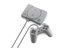 PlayStation Classic mirror Miniature PlayStation Console