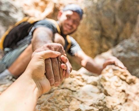 Vertrauen in die eigene Kraft, in andere - und Gott (Foto: www.BillionPhotos.com/ Shutterstock)