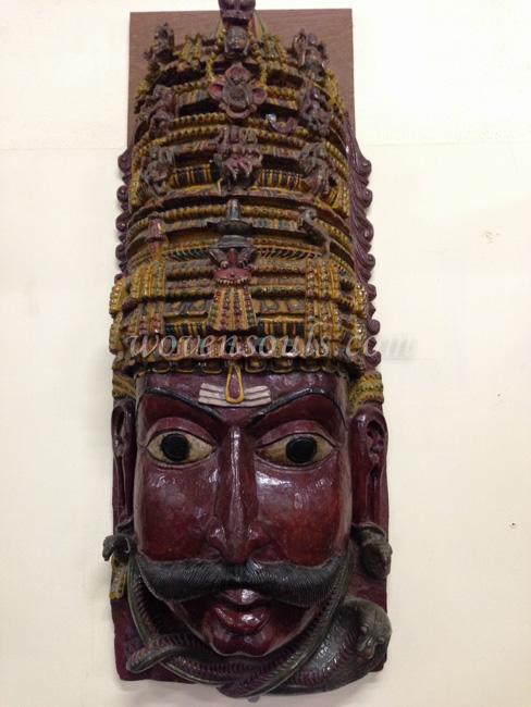 Wovensouls-Salar-Jung-Museum-wood-s-3