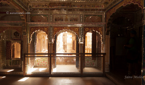 Traditional-Rajasthan-House-Art-Jaisalmer12