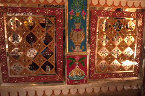 Traditional-Rajasthan-House-Art-Jaisalmer13