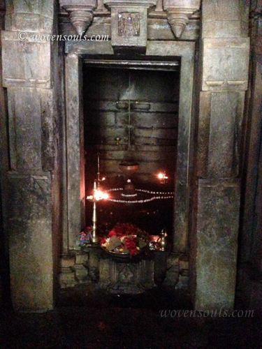 Tamdi-Surla-temple-Goa-16