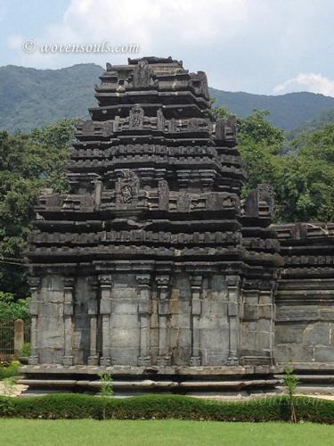 Tamdi-Surla-temple-Goa-20