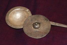 kajal maker kohl
