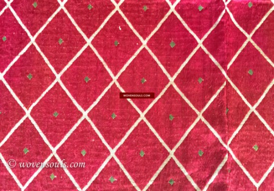 ANTIQUE THIRMA BAGH PHULKARI TEXTILE FROM PUNJAB INDIA