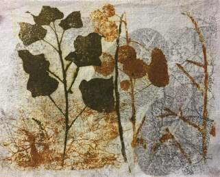 Linda Burgess. Having a go at Gum Arabic transfers today. These were the best of the bunch. One on cartridge paper, one on a piece of previously Gelli-printed linen and my favourite (bees) on top of a collagraph print that I'd done some time ago. If I've had some failures it's not the process, it's my poor judgement of trying to print on a background that was probably too dark. I don't think I'll live long enough to become anywhere near as good as Sue Brown.