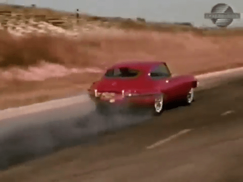 Burnout 1968 Jaguar XKE Road Test