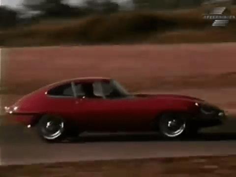 1968 Jaguar XKE Road Test - Stop Test