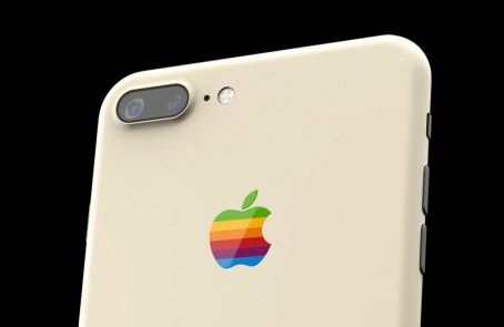 colorware-iphone-7-retro-designboom-03-17-2017-818-003-818x533