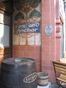 2. Barbican pub_ WowingEmoji