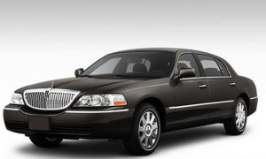 CT Lincoln Town Car Sedan image