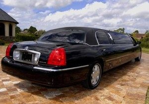 CT Lincoln Stretch Limousine image