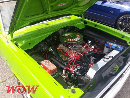 1971 Plymouth Valiant Scamp 440 - Engine