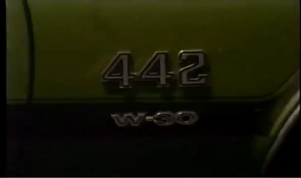 1971 Oldsmobile 442 Convertible W30 Emblem