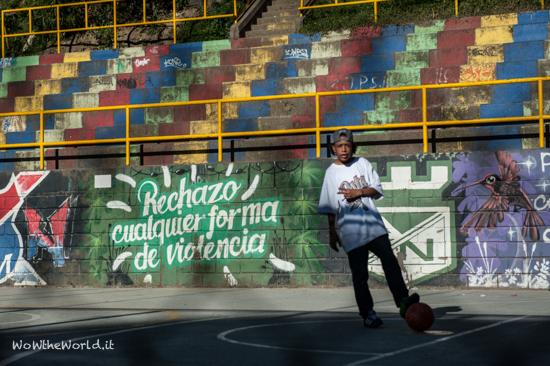Comuna 13_Medellin_Graffiti_Colombia picture by Giorgiana Scianca