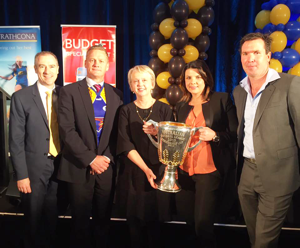 Gerard Whateley, Guy McKenna, Peggy O'Neal, Kelli Underwood and Wayne Campbell.