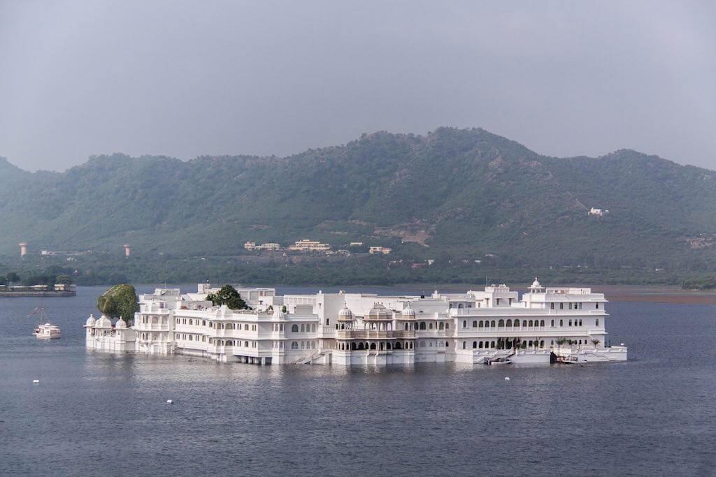 Taj Lake Palace - by Arnie Papp:Flickr