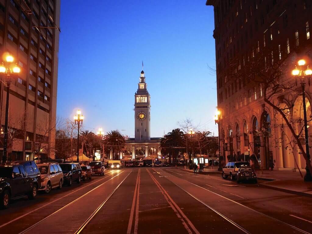 The Ferry Building Clock, San Francisco - bt Jeff Krause/Flickr