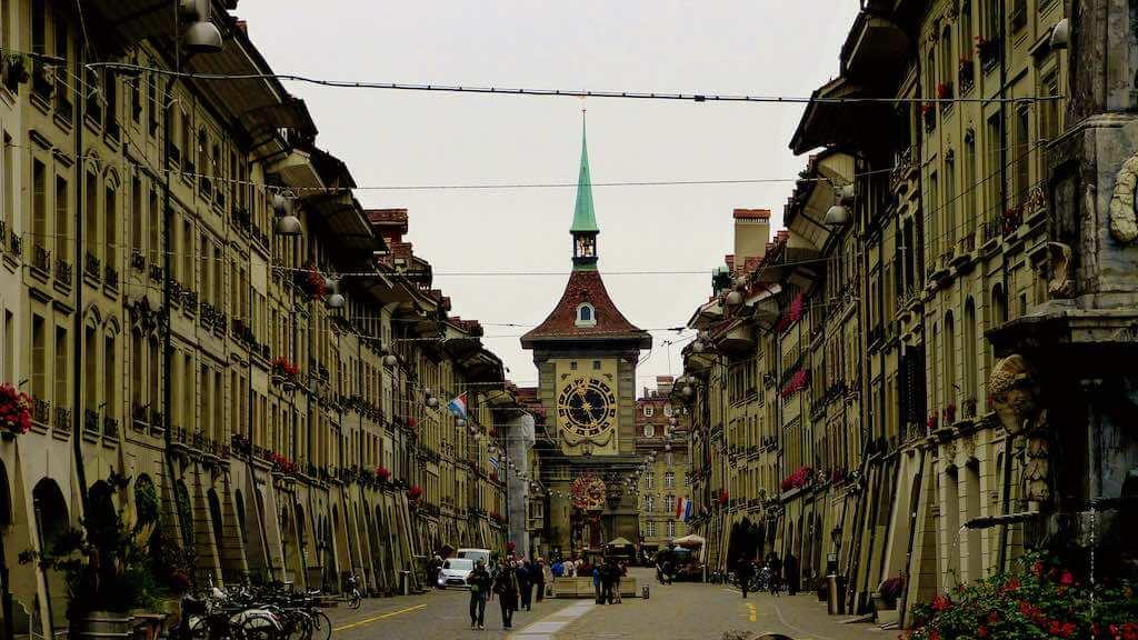 Zytglogge, Bern - by Mariano Mantel - Miradortigre:Flickr