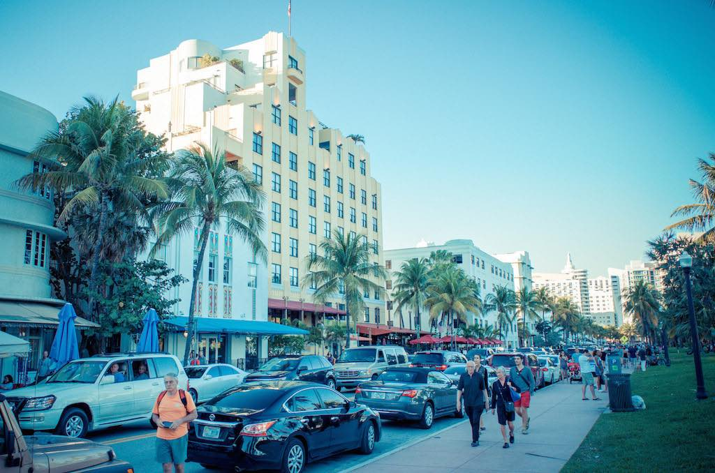 Art Deco Tour in Ocean Drive, Miami by Kat Grigg:Flickr