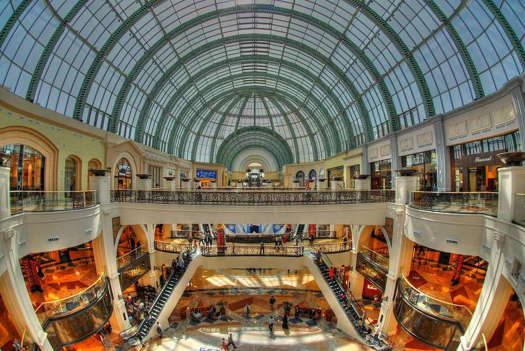 Mall of the Emirates, Dubai - by Peter Gronemann:Flickr