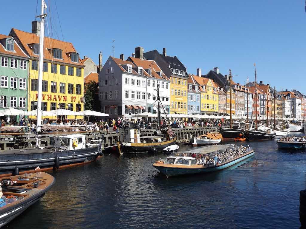 Nyhavn Harbor, Copenhagen - by Doug Kerr - Dougtone/Flickr