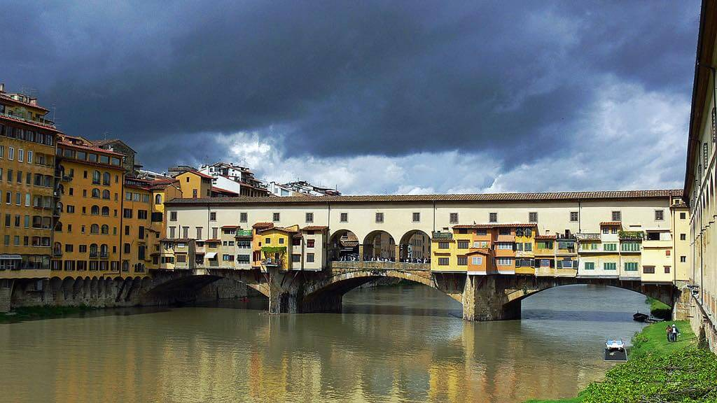 Ponte Vecchio, Florence - by Walwyn:Flickr