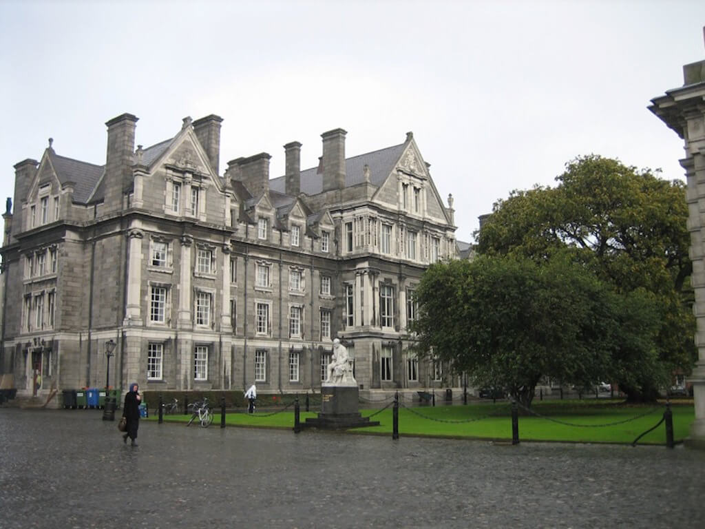 Trinity College, Dublin - by Janet McKnight:Flickr