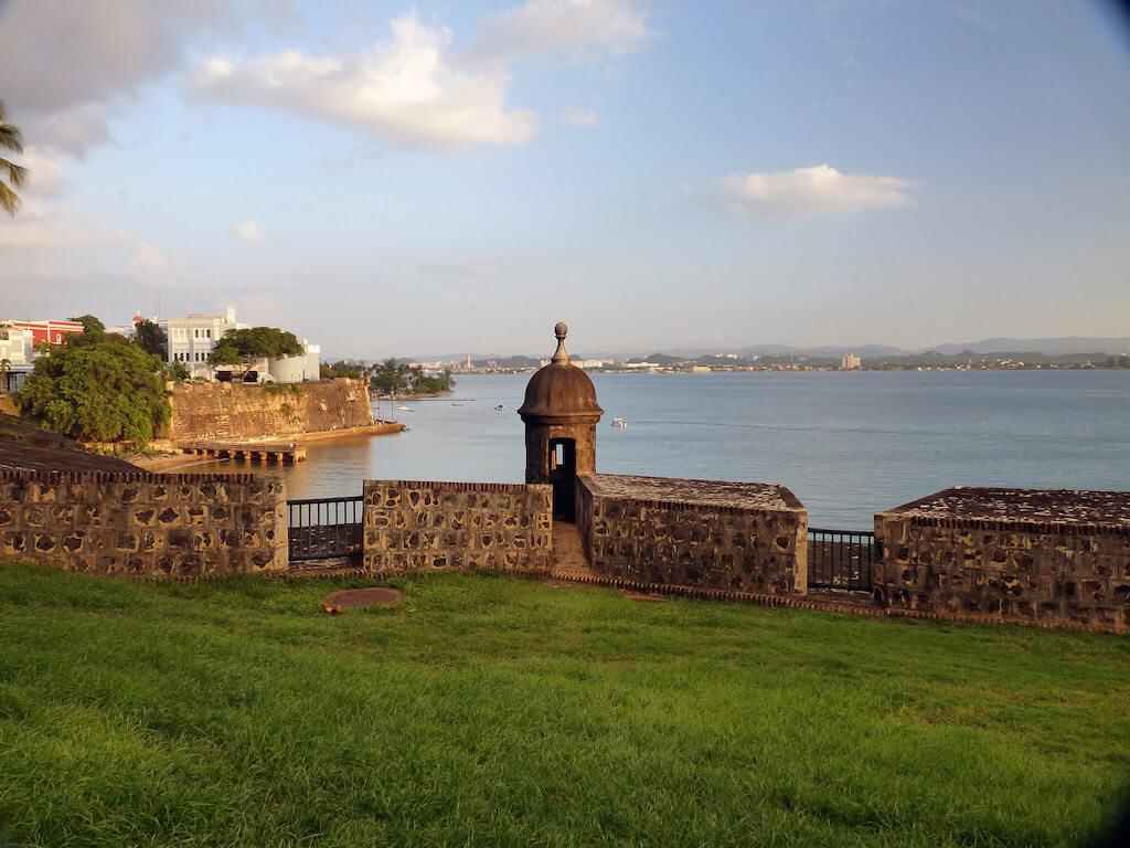 Castillo San Felipe del Morro, Puerto Rico - by karlnorling:Flickr