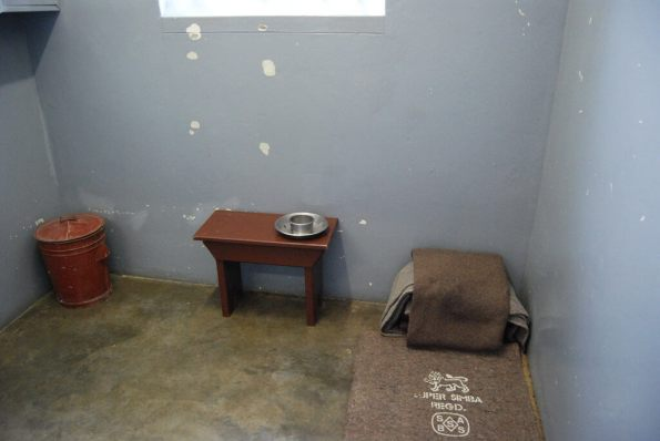 Robben Island, Cape Town - Nelson Mandela's prison cell - by Paul Mannix:Flickr