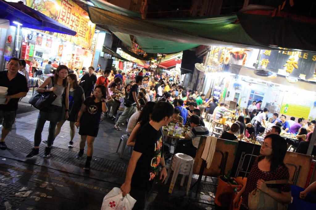 Temple Street Night Market, Hong Kong - by Barney Moss - Mr Moss:Flickr