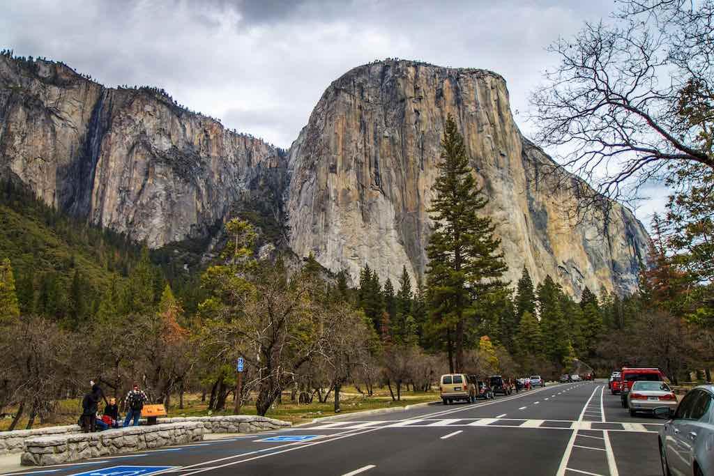 El Capitan, Yosemite - by Dhinal Chheda:Flickr