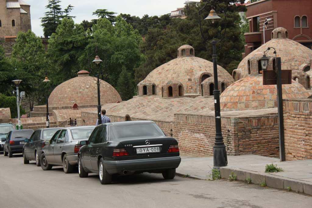 Abanotubani, Tbilisi - by jrwebbe:Flickr